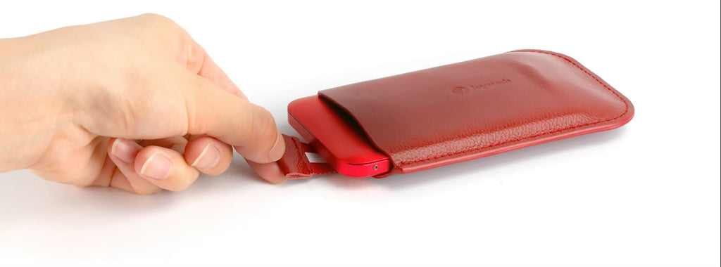 Joyetech eRoll Mac Portable Charging Case Design