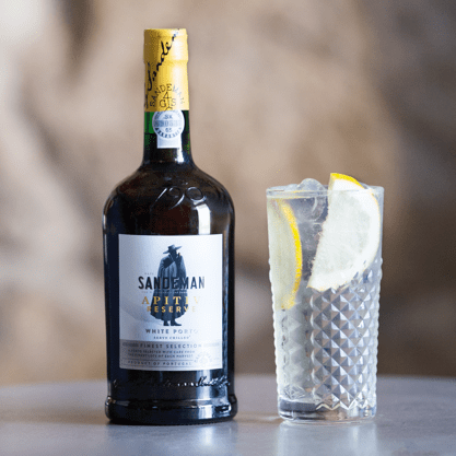 Celebrate the end of summer with a Sandeman Splash Cocktail!