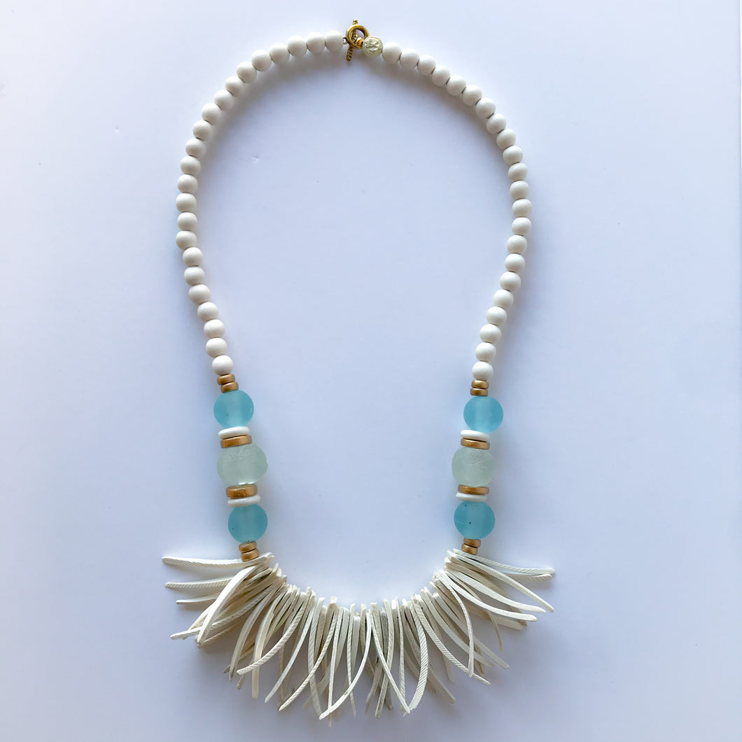 Coconut Wood Necklace 01