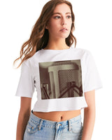 Faded Vocalist: Monochromatic Microphone Design Women's Cropped Tee - huronshop1