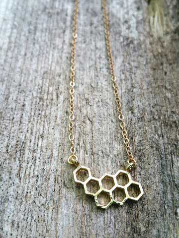 SWEETY GOLD HONEYCOMB NECKLACE