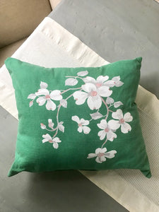 KELLY GREEN DOGWOOD PILLOWS-PAIR