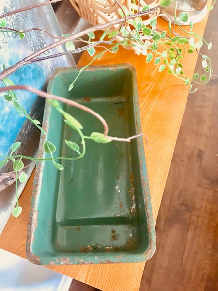 HUNTER INDUSTRIAL GREEN TRAY