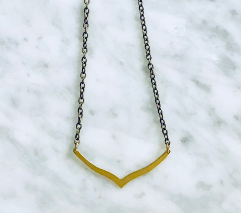 AVA ABSTRACT WINGS NECKLACE