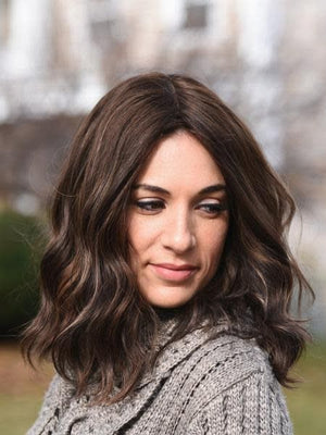 14'' Wavy Brunette Famous Maker Wig 2100/NO TAG
