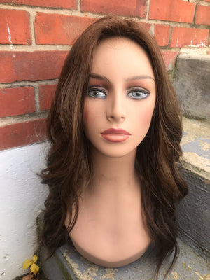 "22"" Straight Pre-loved Freeda Wig 2867 / L01409"