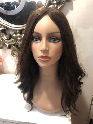 22'' Wavy Brunette Famous Maker Wig 2068/NO TAG