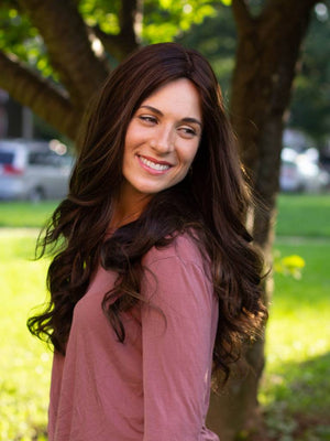 26'' Wavy Brunette Famous Maker Wig 2103/NO TAG