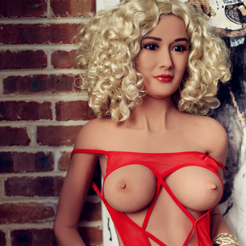 ALINE SEX DOLL TRANSSEXUELLE BLONDE TPE 162 CM