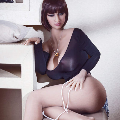 Sex Doll au gros corps mature