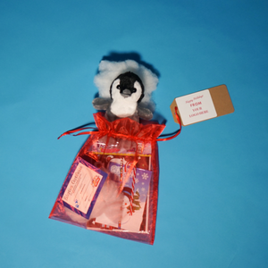 Holiday Penguin Play make a teddy gift bag
