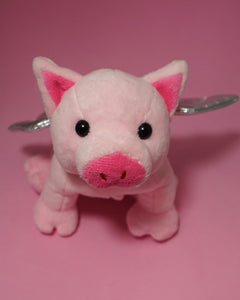 FRONT VIEW FLYING PIG PLUSH PET MAKING KIT FARM