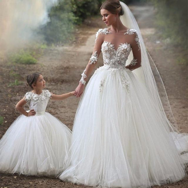 Wholesale New Style Wedding Dress with Sleeves, Bridal Gown ,Dresses For Brides, PM0058