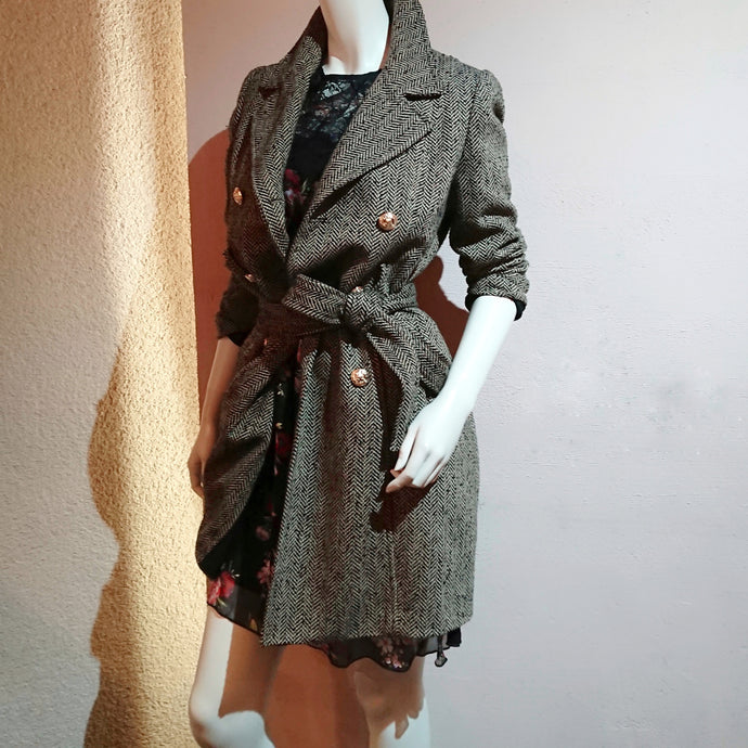 Double-Breasted Herringbone Trench Coat - boutique HANAYA