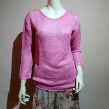 Load image into Gallery viewer, V-neck Non-Twisted Yarn Sweater - boutique HANAYA