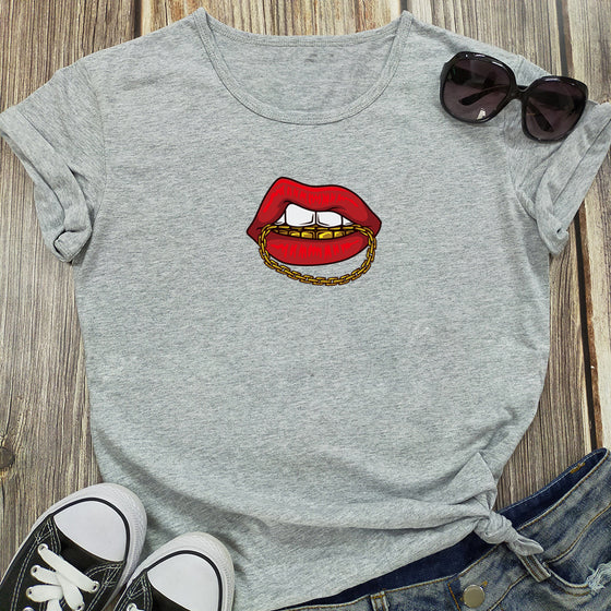 Land of Nostalgia Women's Casual Cotton Tops with Lips Chain Printing Design Tees