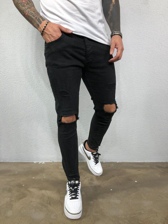 Land of Nostalgia Classic Ripped Knee Euphoria Skinny Jeans