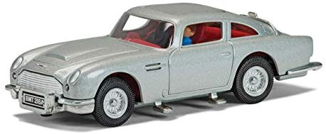 Corgi James Bond 007 50th Anniversary DB5 Thunderball Aston Martin Vehicle