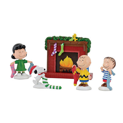 Department 56 Peanuts Stockings Were Hung Set Figurines