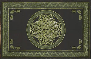 Green Celtic Knot Tapestry (Queen Size)