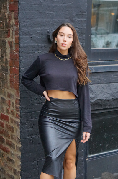 Turtleneck Knit Crop Sweater- Black - SARAROSE