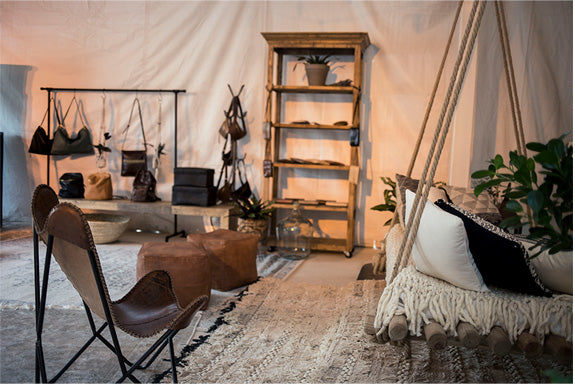 Take an inside look at the Nashville Leahter Lounge set up