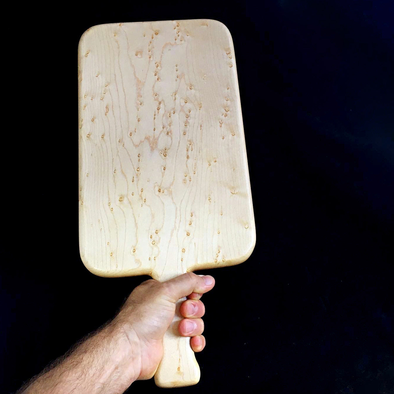 Slab cutting board with handle (Birdseye Maple)