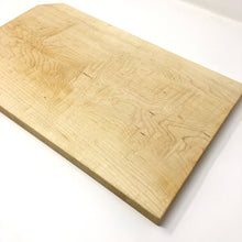 Load image into Gallery viewer, Maple slab cutting board