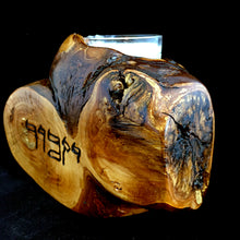 Load image into Gallery viewer, Yizkor/Yahrzeit Candle Holder (Apple wood)