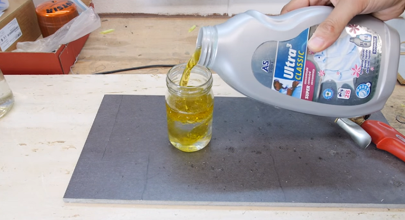 How To Cut Glass Bottles Using Motor Oil And Water?