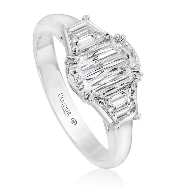 L'AMOUR CRISSCUT THREE-STONE ENGAGEMENT RING - L137ET-060