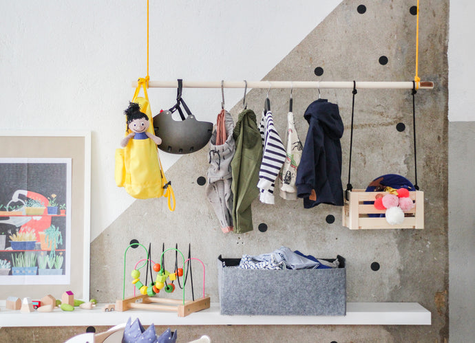 Wooden Hanging Rail Clothing Rack