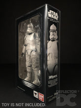 Load image into Gallery viewer, Star Wars Bandai S.H. Figuarts Clone Trooper Phase II ROTS Display Case
