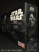 Load image into Gallery viewer, Star Wars Bandai S.H. Figuarts Scout Trooper and Speeder Bike ROTJ Display Case