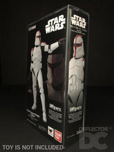 Load image into Gallery viewer, Star Wars Bandai S.H. Figuarts Clone Trooper Phase I Captain AOTC Display Case