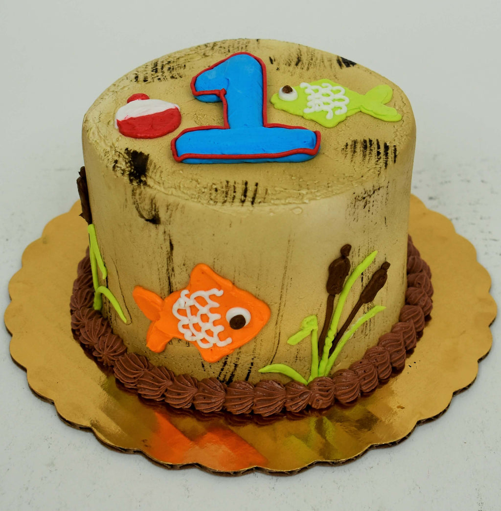 McArthur's Bakery Custom Cake With Fish Swimming Underwater