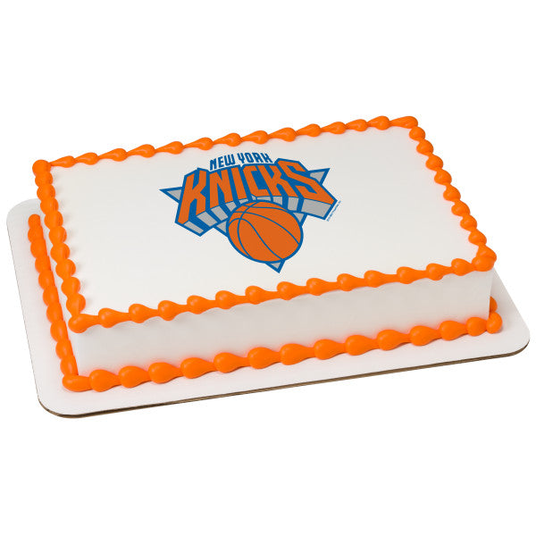 MaArthur's Bakery Custom Cake with New York Knicks Scan