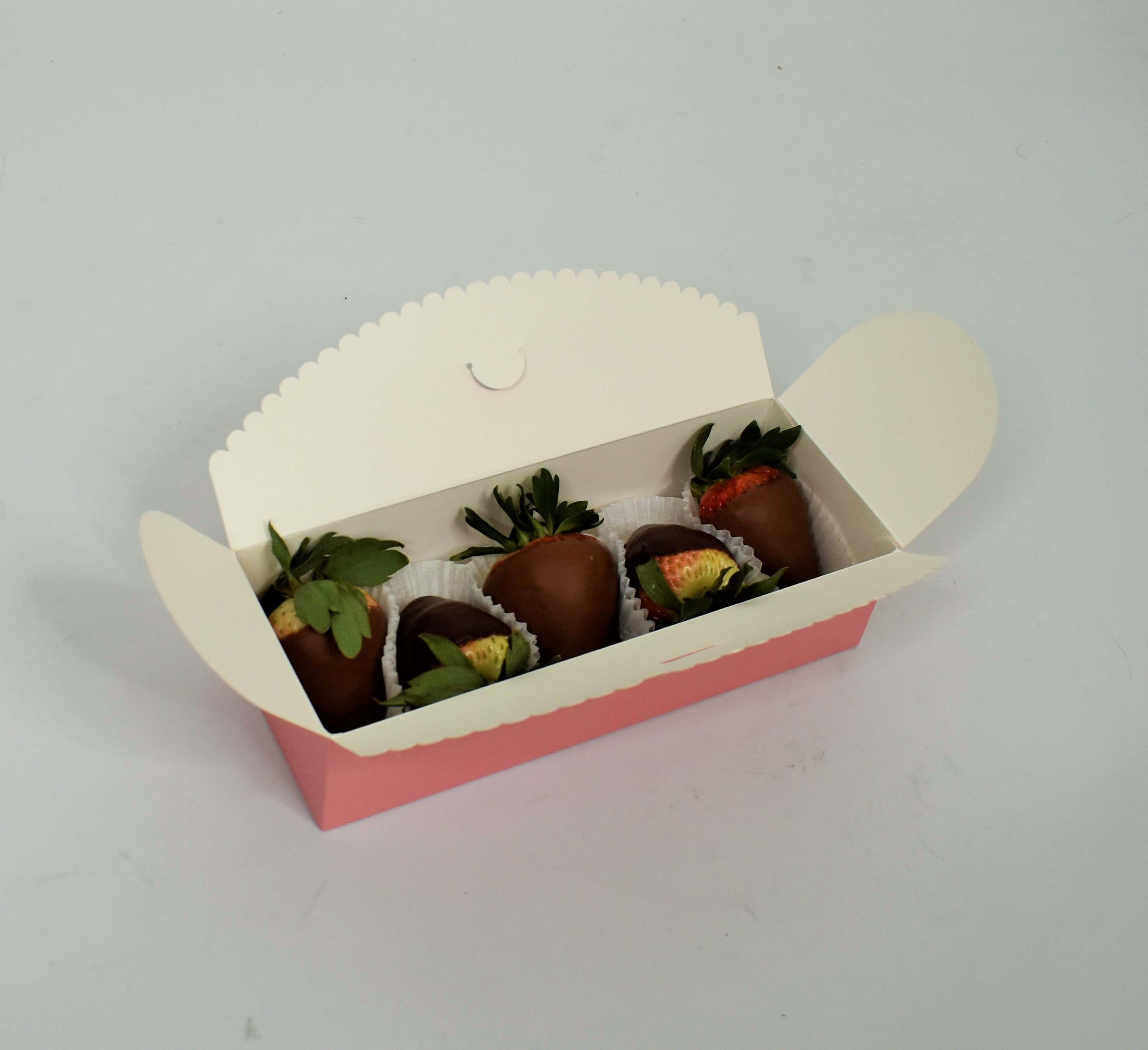 Small Chocolate Strawberry Gift Box (5-6 Strawberries)