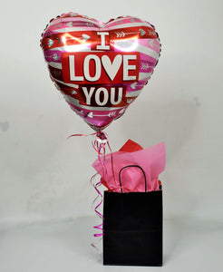 Chocolate Strawberries With Balloon Gift Bag