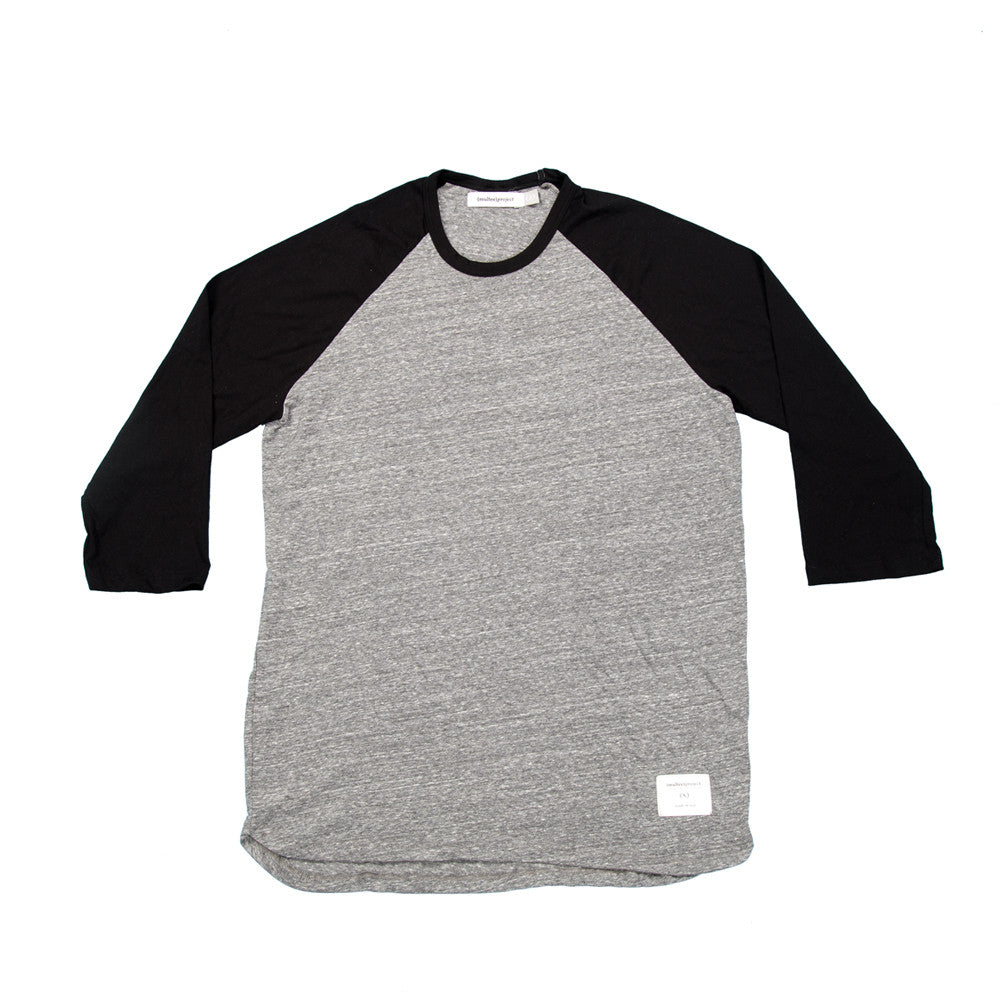 Signature Tri-Blend Raglan | Heather & Black