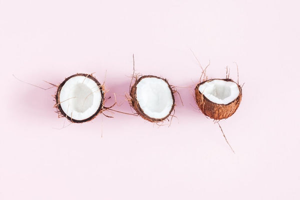 Coconut - natural ingredients to moisturise hair