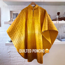 Quilted Poncho / Stand out