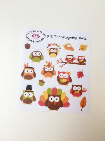 O16 || 15 Thanksgiving Owls Stickers