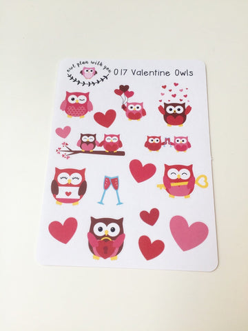 O17 || 16 Valentine Owls Stickers
