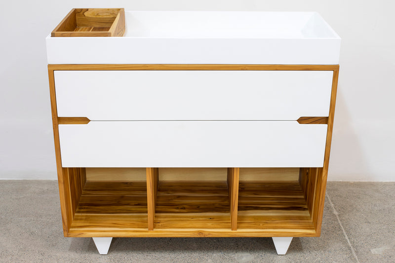 Alf Changing Table
