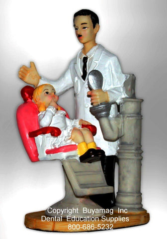 Dentist's Gifts Male With Child Girl Patient in A Dental Chair Art Figurine Office Decoration  Display