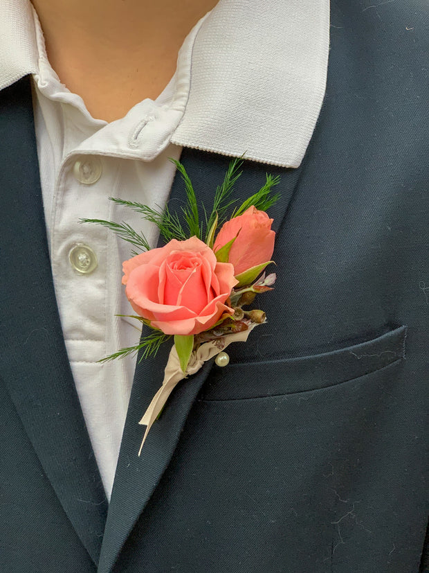 Boutonnière for your Dear!