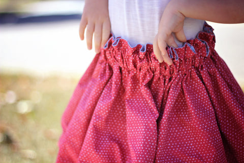 Lavinia skirt in red hearts