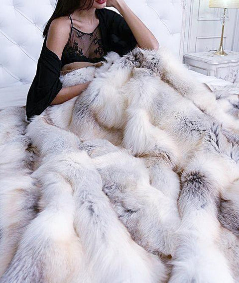 Gorgeous Luxurious 100% Real Rabbit Fur Blanket/Cover