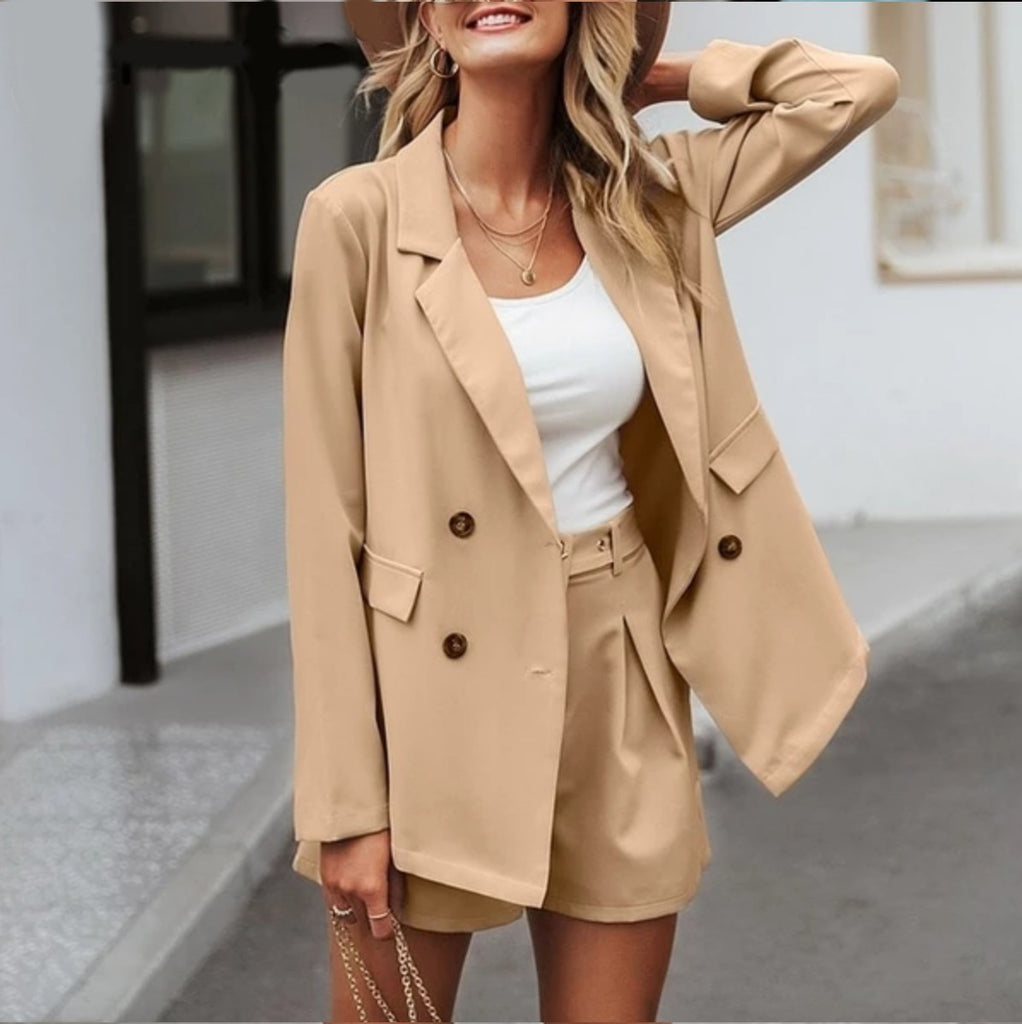 Chic Two-Piece Blazer & Shorts